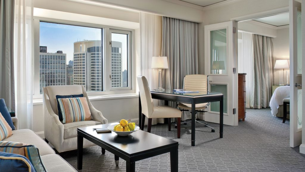 Four Seasons Hotel Chicago — city, country