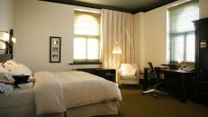 Hôtel Le Germain - Dominion — Quebec City, Canada
