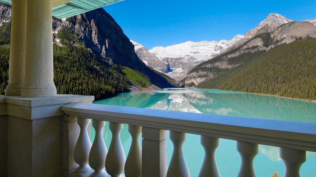 The Fairmont Chateau Lake Louise — city, country
