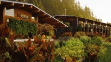 Tu Tu' Tun Lodge — Gold Beach, United States