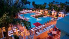 Acqualina Resort & Spa on the Beach — Miami Beach, Uni