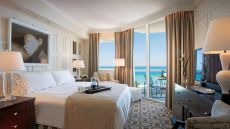 Acqualina Resort &amp; Spa On The Beach — Miami Beach, United States
