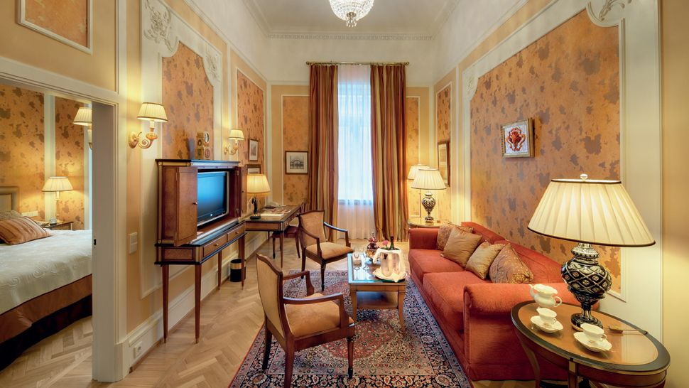 Grand Hotel Europe — city, country