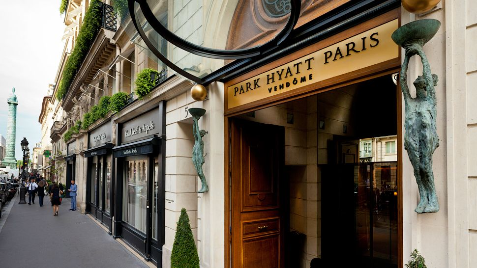 Park hyatt paris vendome hello lovely for Top design hotels in paris