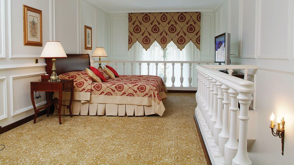 Furniture designs image modern luxury bedroom interior for Upstairs bedroom designs