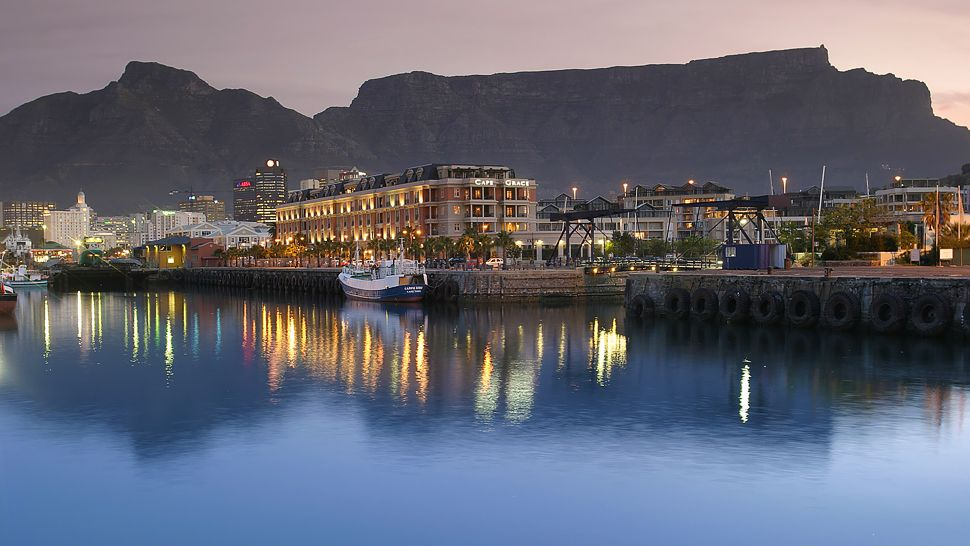 Cape Grace — city, country