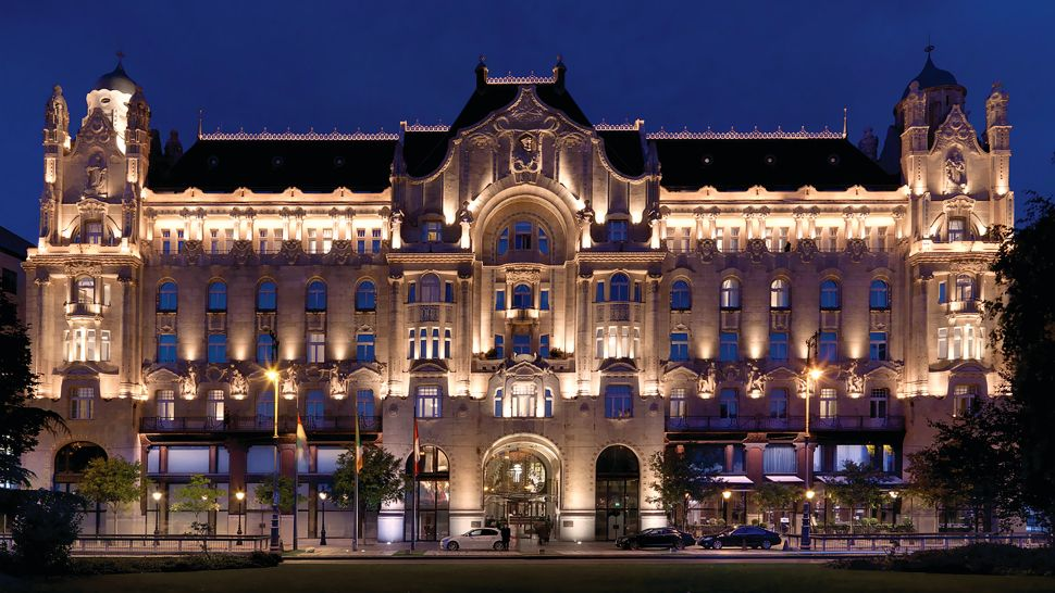 Four Seasons Hotel Gresham Palace Budapest — city, country
