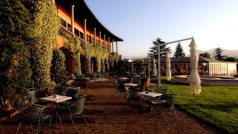 Villa principe leopoldo lake lugano ticino for Design hotel tessin