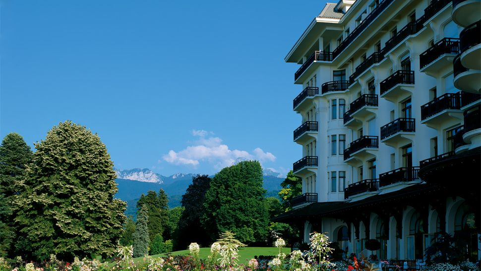Hotel Royal - Evian Resort — city, country