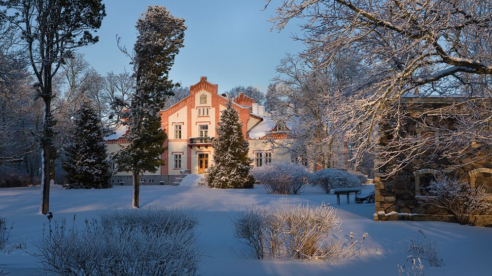 Pdaste Manor  city, country