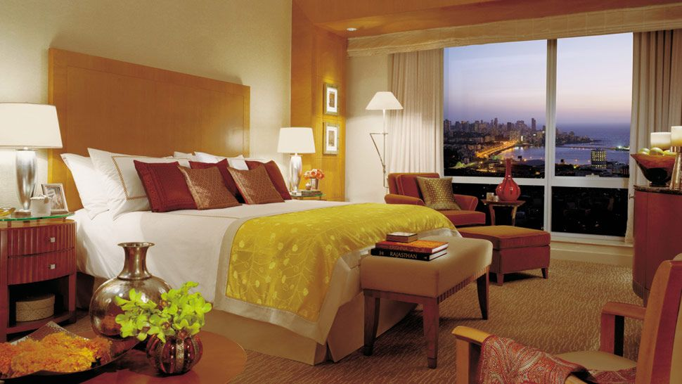 Four Seasons Hotel Mumbai — city, country