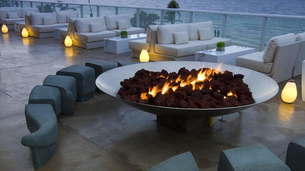 Modern Hotel Terrace Lounge