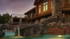 Stonewater Cove Resort — Table Rock Lake, United States