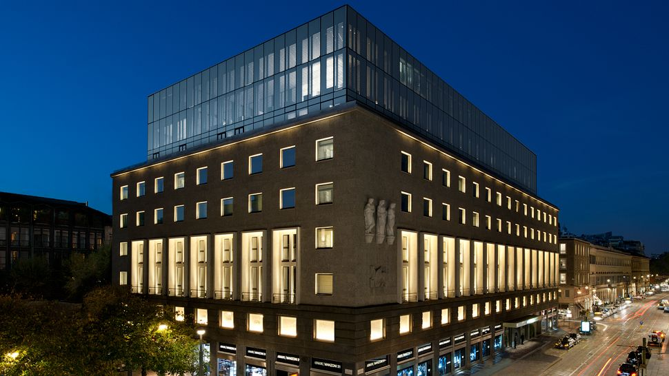 Armani Hotel Milano — city, country